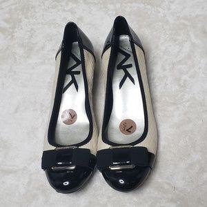 Anne Klein Sport Cream/Black wedge flat size 7 1/2
